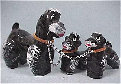 Japan Redware Black Poodle Dog & Pups (Image1)