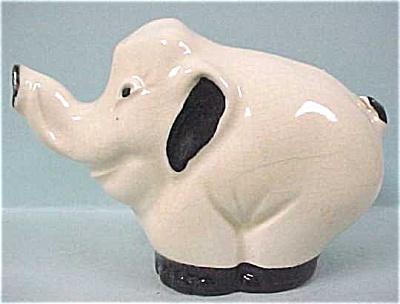 Damaged Stangl Elephant (Image1)