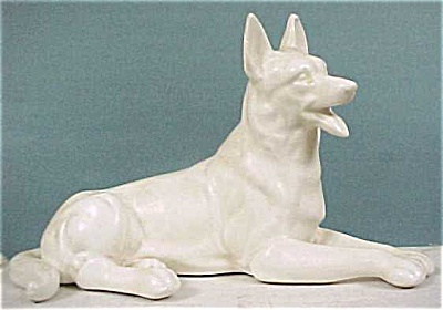 White Pottery German Shepherd (Image1)