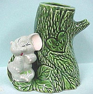 1940s/1950s California Pottery Shy Elephant (Image1)