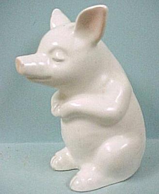 Department 56 Sitting Pig (Image1)