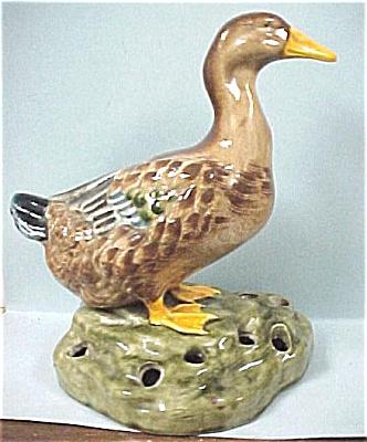 Duck Figural Flower Frog (Image1)