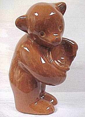 Styson China Bear With Beehive (Image1)