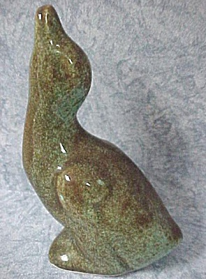 1930s/1940s US Pottery Duck (Image1)
