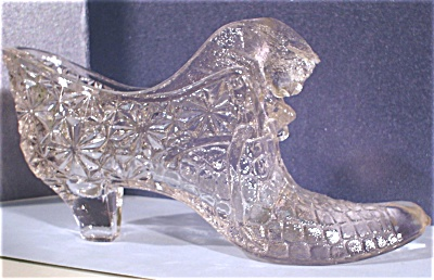 Clear Glass Shoe with Cat (Image1)