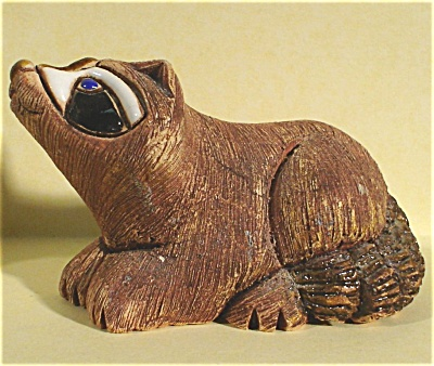 Stoneware Raccoon Made in Uruguay (Image1)