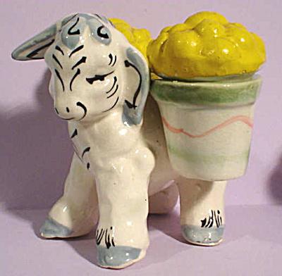 1950s Kreiss Pottery Donkey S/P Shaker Set (Image1)