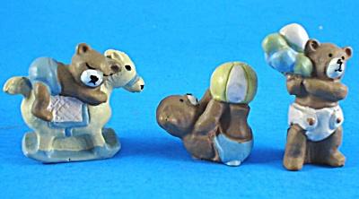 Tiny Resin Baby Teddy Bear Trio (Image1)