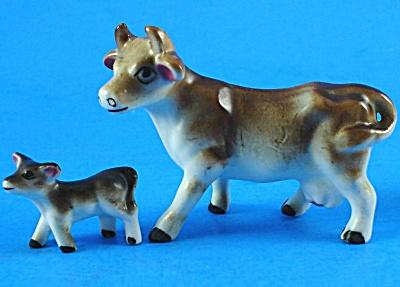 Miniature Bone China Japan Cow and Calf (Image1)