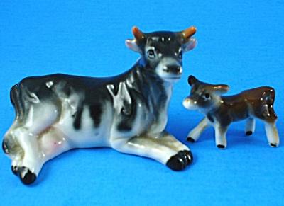 Miniature Bone China Japan Lying Cow and Calf (Image1)
