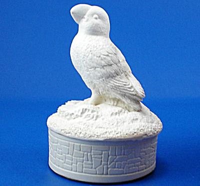 Tanglewood Arts of Newfoundland Puffin Trinket Box (Image1)