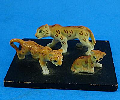 Miniature Bone China Leopard Family (Image1)