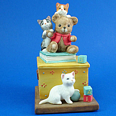 Danbury Mint Cute Cats! Series: Grin and Bear It (Image1)