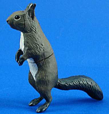 Kaiyodo Furuta Choco Egg Miniature Squirrel (Image1)