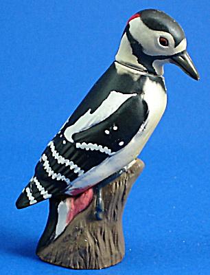 Kaiyodo Furuta Choco Egg Miniature Spotted Woodpecker (Image1)