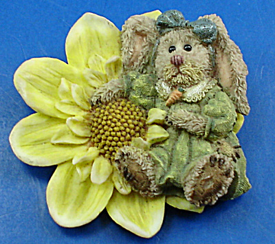 Boyds Bear Resin Rabbit Pin (Image1)