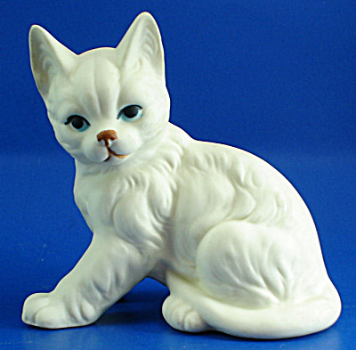 Enesco Ceramic Sitting Cat