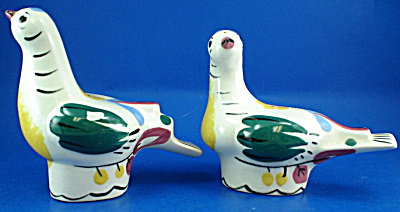 Cleminsons Pottery Pigeon Shaker Set