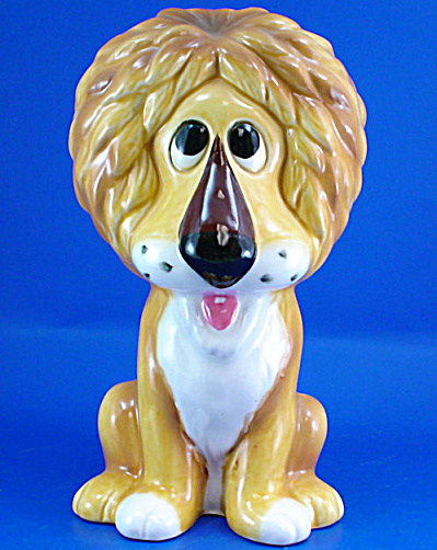 1960s/1970s Ceramic Lion Bank (Image1)