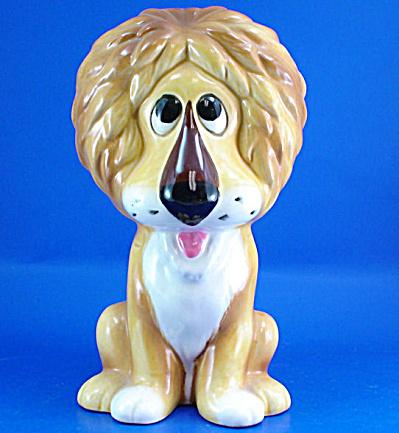 1960s/1970s Ceramic Lion Bank (Image1)