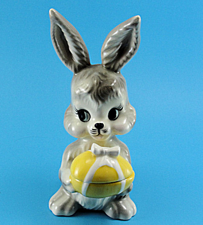 Pottery Rabbit with Egg Trinket Box (Image1)