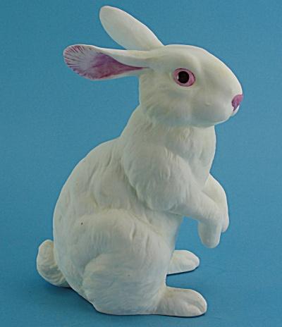 Andrea by Sedak Porcelain Rabbit (Image1)