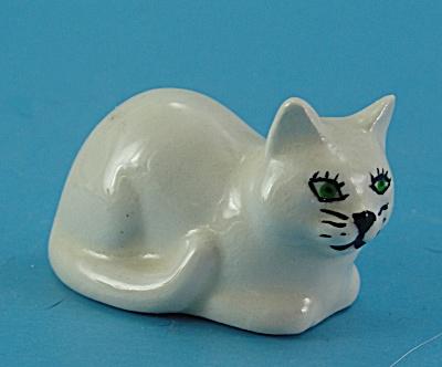 Miniature Ceramic Lying Cat (Image1)