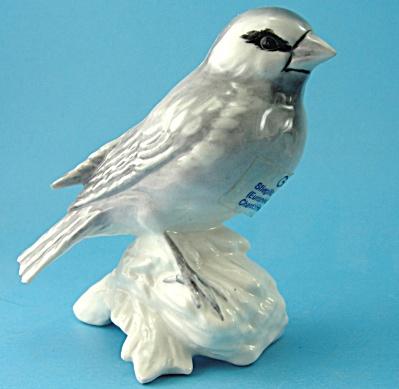 Goebel Goldfinch Bird Figurine (Image1)