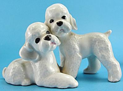 Adorable Poodle Pair Figurine (Image1)