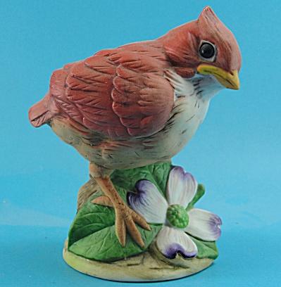 Andrea by Sadek Porcelain Baby Cardinal Bird (Image1)