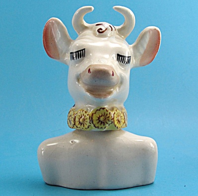 Pottery Two Piece Elsie the Cow Salt and Pepper Shaker (Image1)
