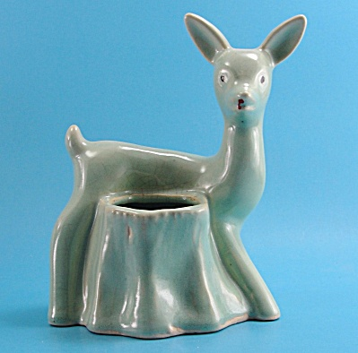Unmarked 1930s Pottery Deer by Stump Planter (Image1)