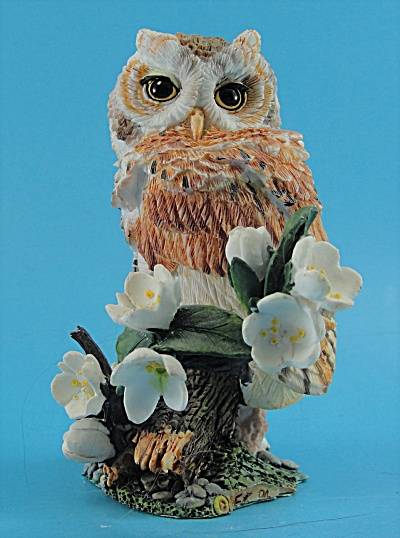 Western Screech Owl Resin Figure (Image1)