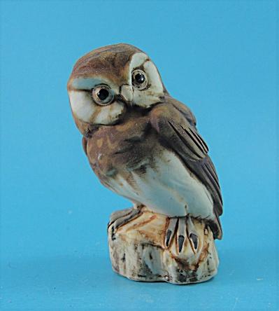Capodimonte Porcelain Owl on Stump (Image1)