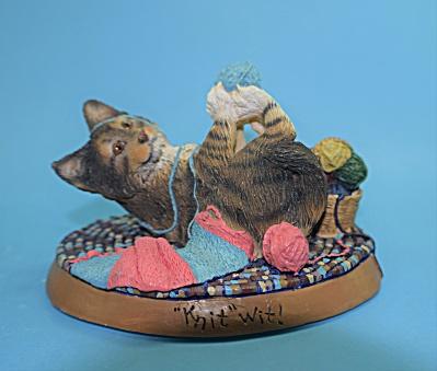"""Knit"" Wit Cat. Living Stone (Image1)"