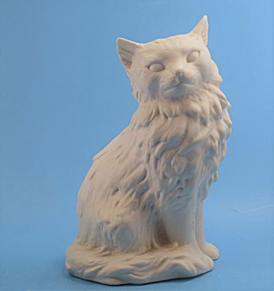 Goebel White Sitting Cat-Persian (Image1)