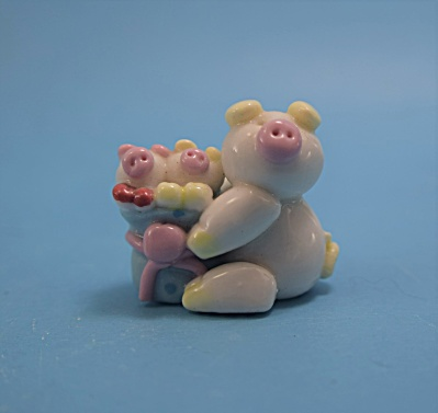 Ma Pig w/piglets in cart (Image1)