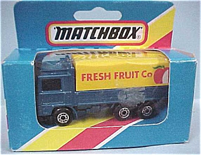 Matchbox #26 Volvo Covered Tilt Truck