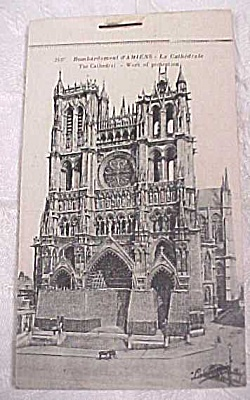 WW1 Souvenir Postcard Book - d'Amiens (Image1)