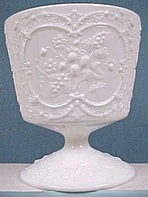 Fenton Milk Glass Compote (Image1)