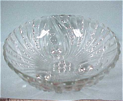 Clear Glass Berry Dishes (Image1)