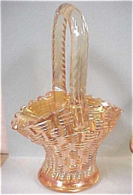 Small Carnival Glass Basket (Image1)