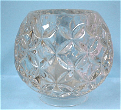 Round Glass Candle Holder (Image1)