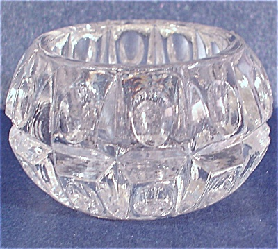 Clear Glass Salt Dip (Image1)