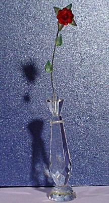Miniature Crystal Rose in Bud Vase (Image1)