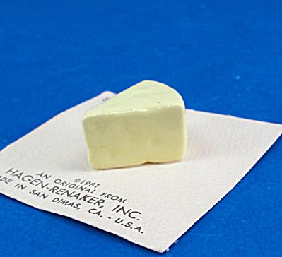 Hagen-Renaker Cheese Wedge (Image1)