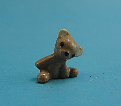Hagen-Renaker Pottery Mini Little Brother Teddy Bear (Image1)