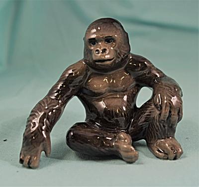 Hagen-Renaker Miniature Gorilla (Image1)