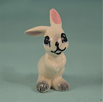 Hagen-renaker Miniature Early Rabbit Mama