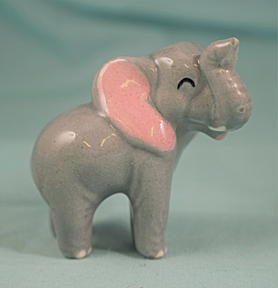 Hagen-renaker Miniature Early Standing Mama Elephant